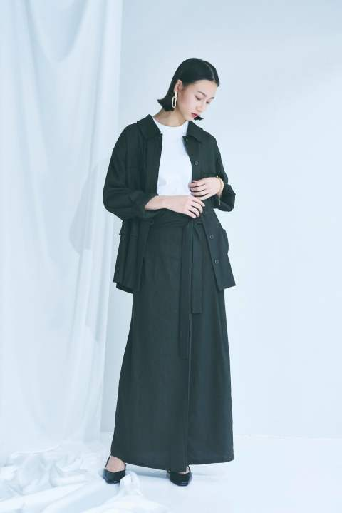 WAIST GATHERED SAFARI JACKET& TUCK WRAP LONG SKIRT